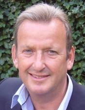Roger Pearce 2a.jpg